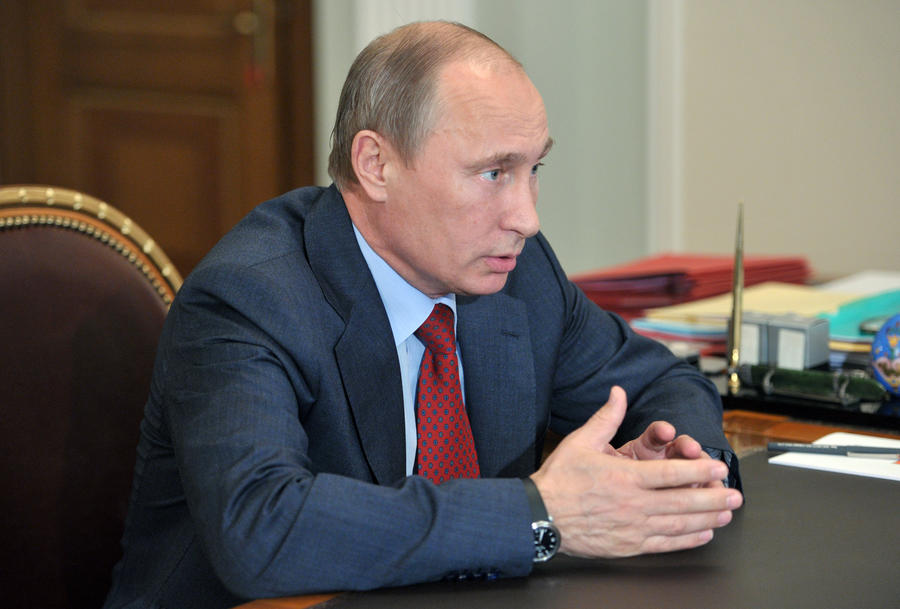 Владимир Путин: Льготы для коммерческих компаний, выделяющих гранты для НКО, нецелесообразны