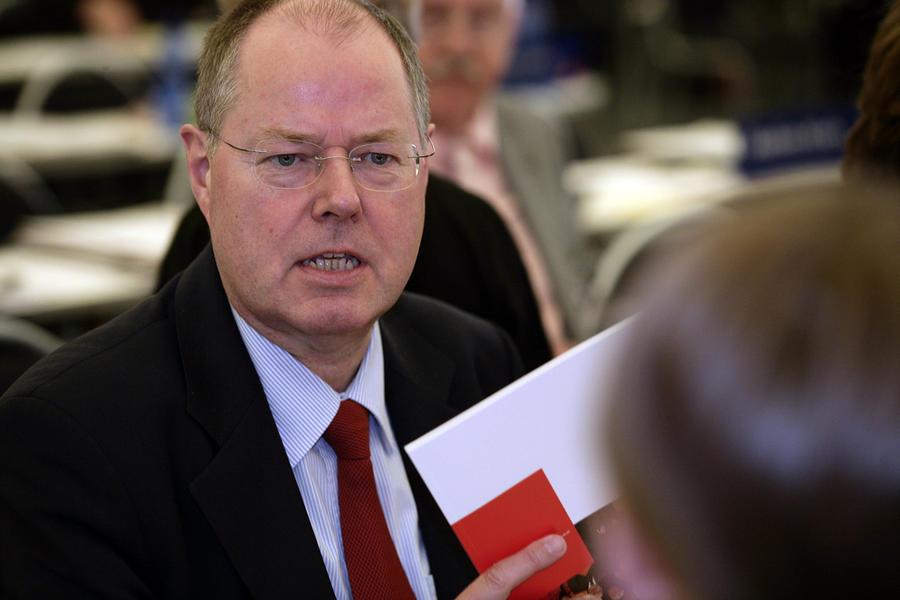 Немецкого политика осудили за «постыдное заигрывание с Россией»