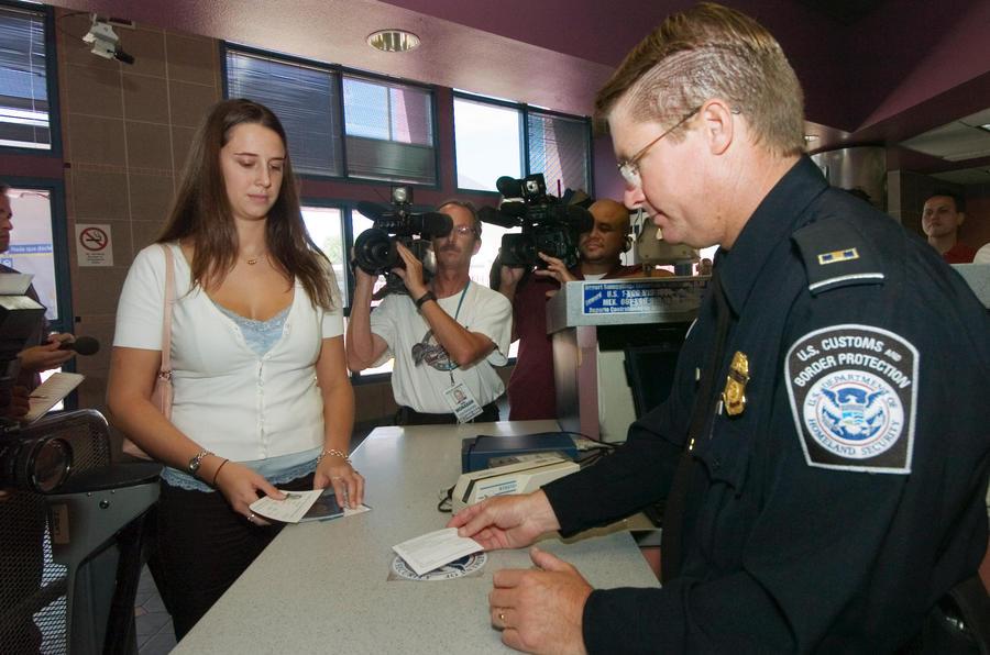 США проверит визы у всех иностранных студентов