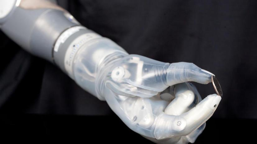 Роботизированный протез «рука Люка Скайуокера» поступит в массовое производство