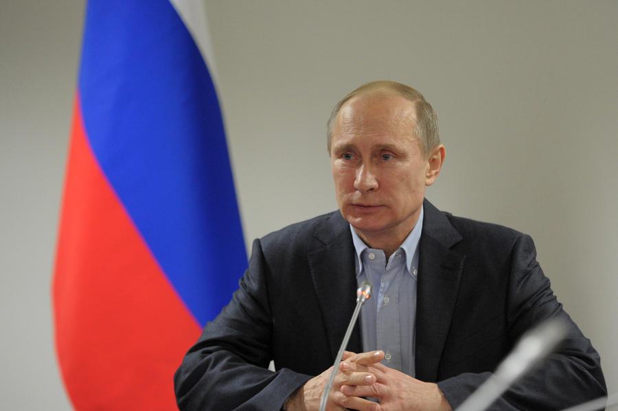 Владимир Путин: российские космические проекты «плывут» по срокам
