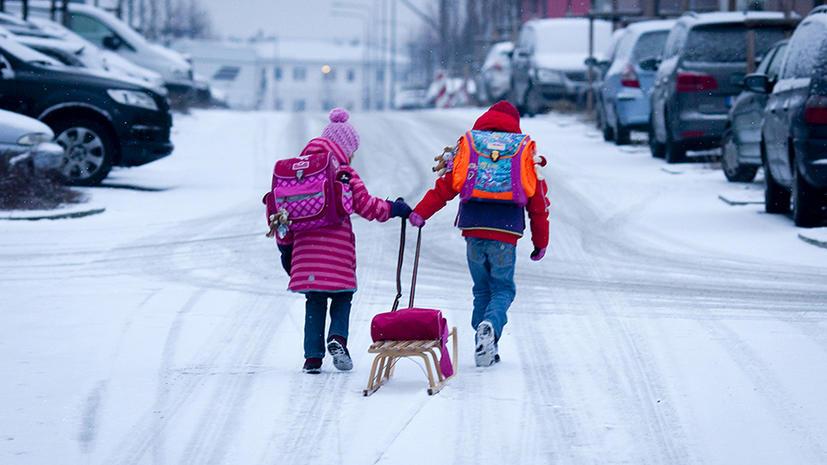 Финляндия начала отнимать детей у российских туристов