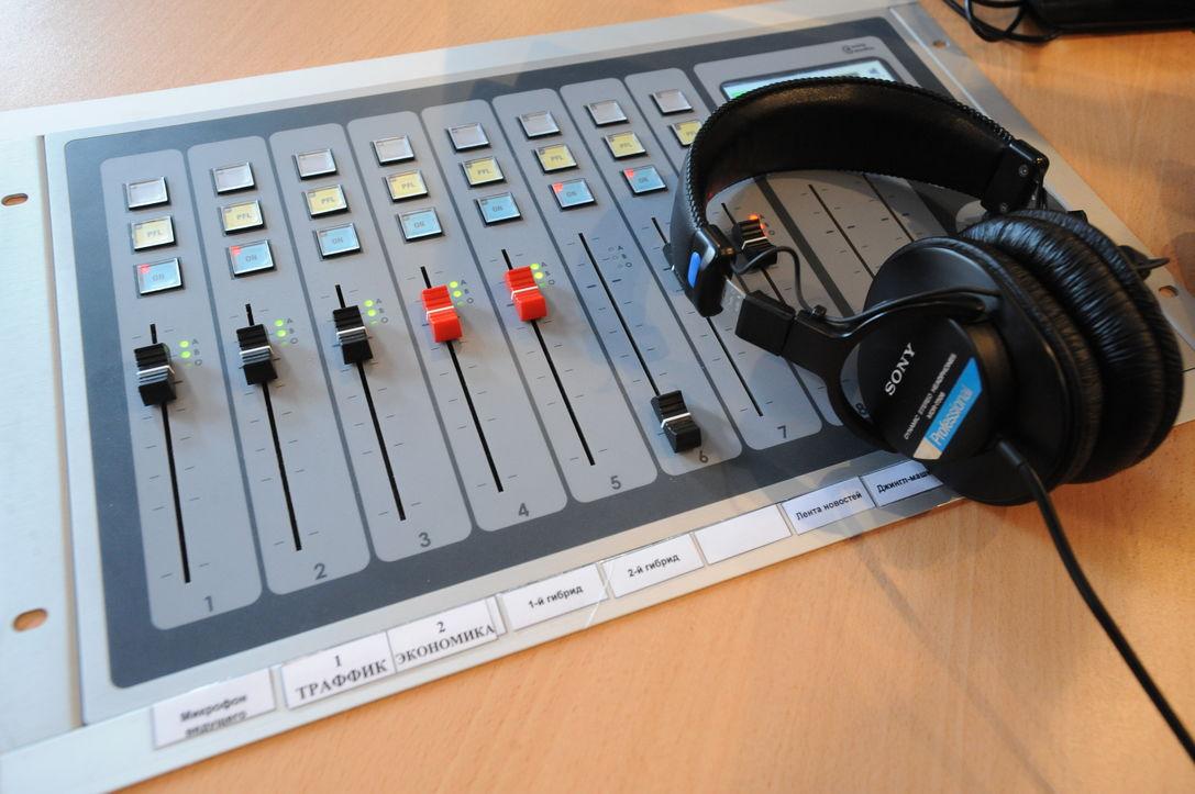 С радиостанции «Коммерсантъ FM» уволился главный редактор Алексей Воробьев