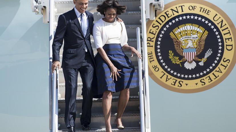 Барак и Мишель Обама в 2013 году заработали на четверть меньше, чем годом ранее