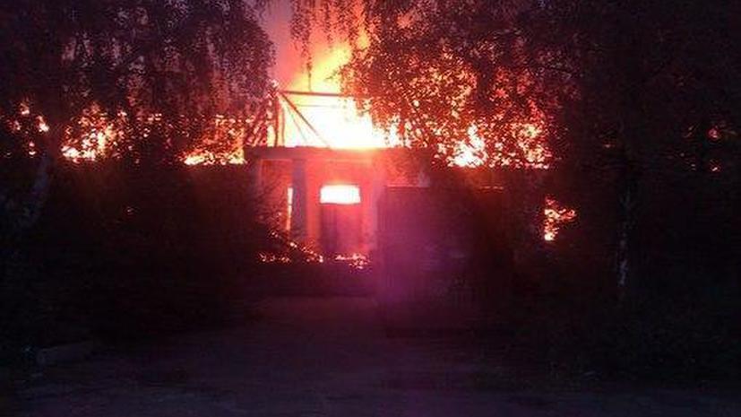 Украинская армия продолжает артобстрел населённых пунктов, 15 мирных жителей погибли