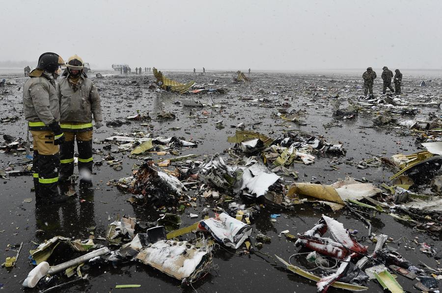 Сильный ветер, ошибка пилотов: эксперты сообщили RT версии крушения Boeing в Ростове-на-Дону
