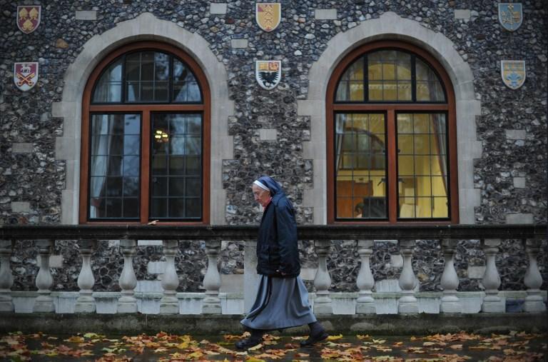 Англиканская церковь исключила отказ от дьявола из таинства крещения