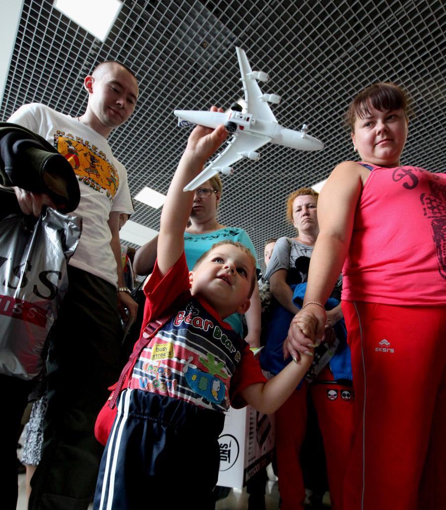 СМИ: Согласие на выезд ребёнка из страны от второго родителя более не требуется