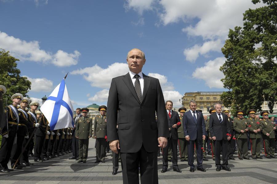 Немецкий историк: Владимир Путин вернул россиянам чувство собственного достоинства