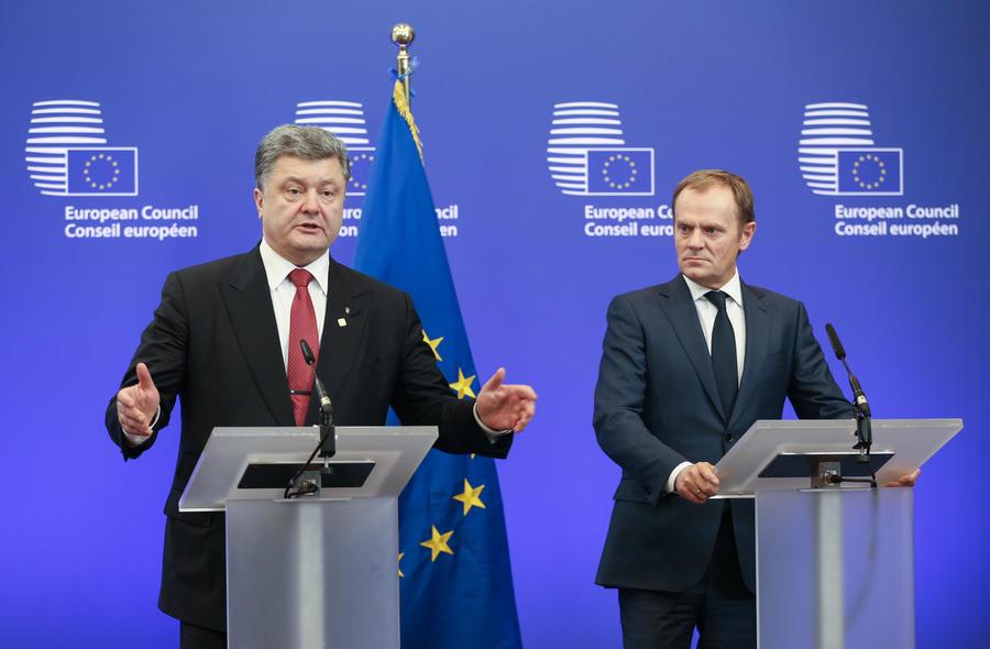 СМИ: Украина нужна Западу, чтобы поставить россиян на колени