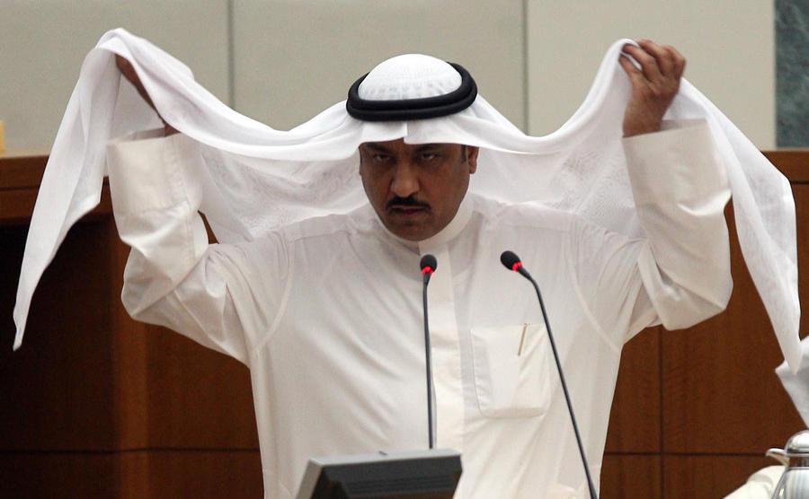 В Кувейте бывший парламентарий сел в тюрьму за критику эмира