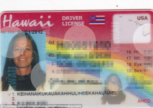 Жительница Гавайев обиделась на чиновников, которые сократили её фамилию из 35 букв