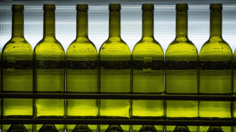 На протокольных мероприятиях чиновники будут пить только отечественный алкоголь