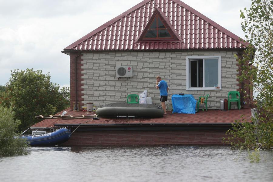 Пострадавшим от наводнения на Амуре придётся вернуть «лишние» 9 млн рублей компенсаций