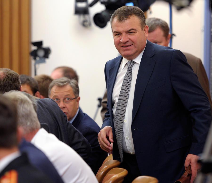 СКР отказался возбуждать уголовное дело против Анатолия Сердюкова