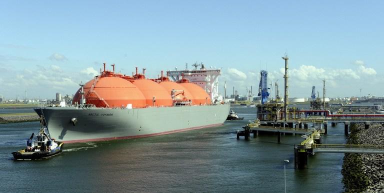 Эксперты: Отказ от закупок российского природного газа ударит по экономике Европы и США