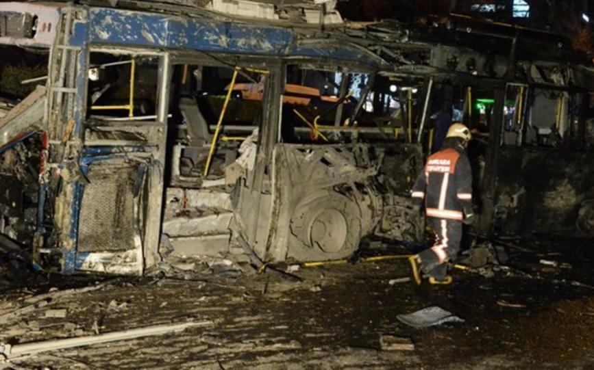 Взрыв в Анкаре: фото и видео с места событий