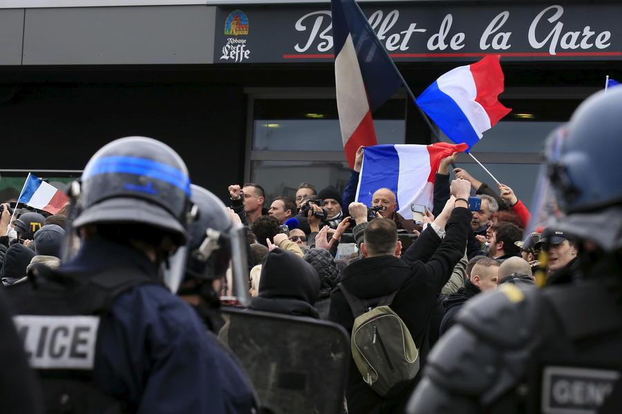 Европа, мигранты, домогательства: протесты продолжаются