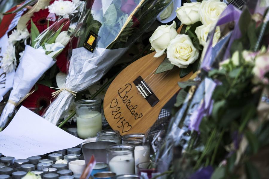 Премьер Франции: Парижские теракты были спланированы и организованы на территории Сирии