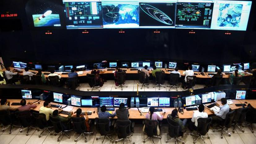 Индийский зонд для исследования Марса успешно покинул земную орбиту