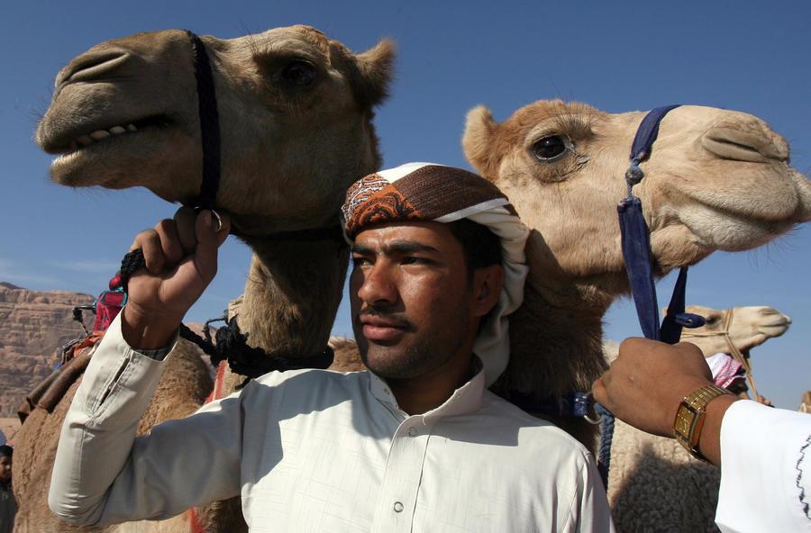 Агенты ЦРУ вербуют в ряды сирийских боевиков кочевых бедуинов