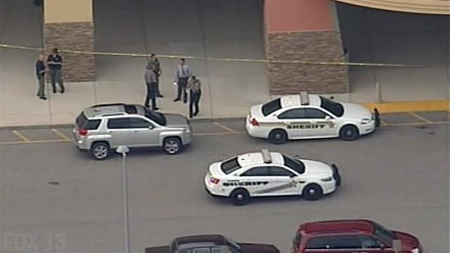В США мужчина открыл стрельбу в кинотеатре, один человек убит, ещё один ранен