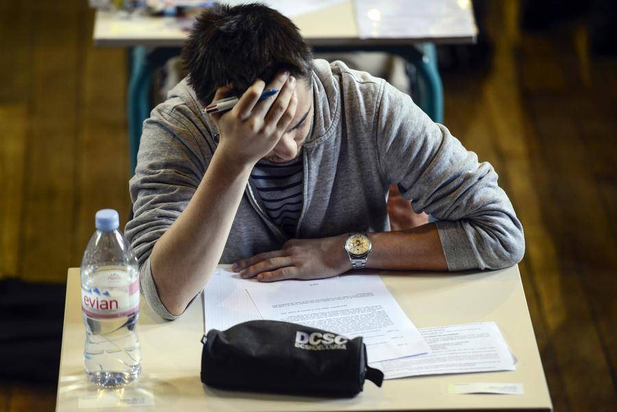 В Британии студенты-иностранцы провалили экзамен: результаты тысяч тестов по английскому языку аннулированы