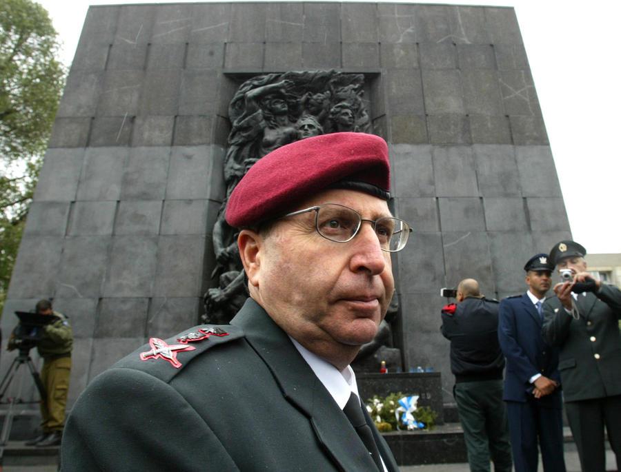 Министром обороны Израиля назначен сторонник проведения жесткой линии в отношении палестинцев Моше Яалон