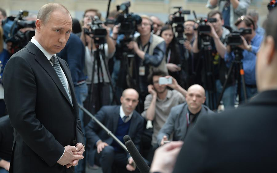 Сила быстрого реагирования: что изменилось за 3 часа 40 минут прямой линии с Владимиром Путиным