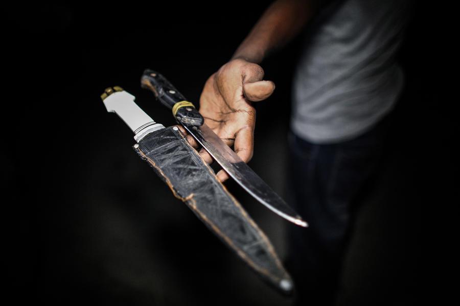 Женщина в Абу-Даби зарезала неверного супруга