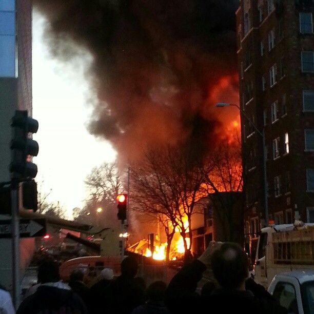 15 человек пострадали в результате пожара в торговом центре в Канзас-сити