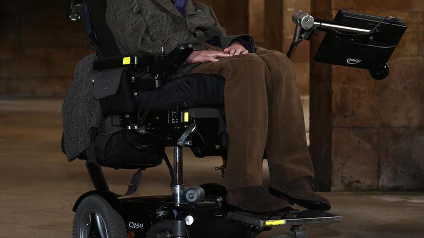 Стивен Хокинг изложил собственную теорию бессмертия