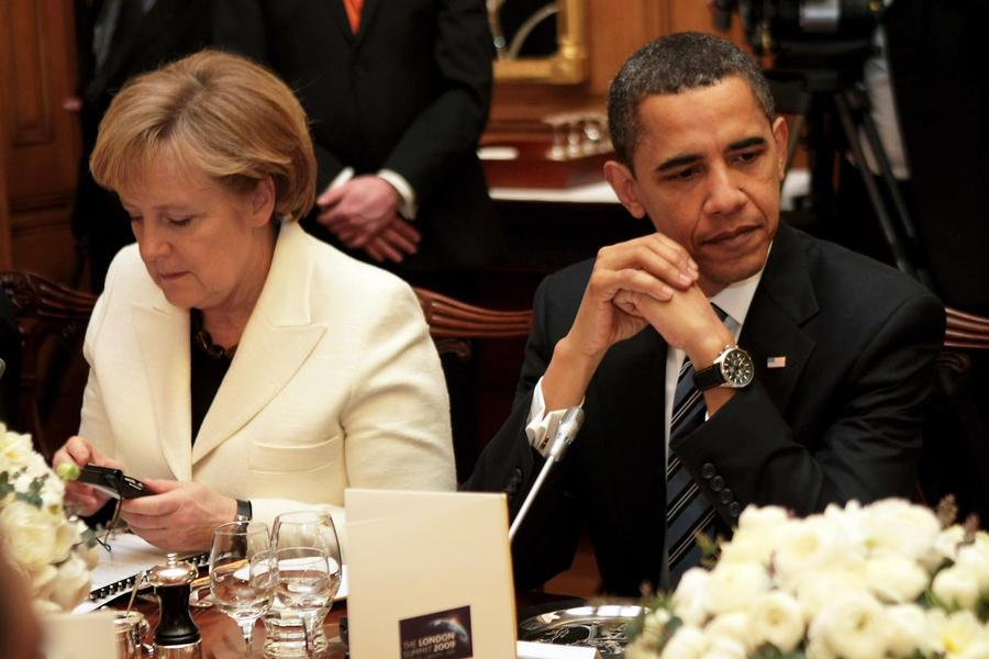 Немецкие СМИ: Барак Обама знал о слежке за Ангелой Меркель и лично распорядился усилить наблюдение