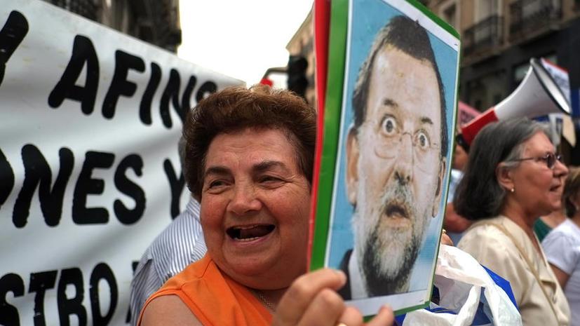 Новый виток коррупционного скандала в Испании: оппозиция требует отставки премьер-министра