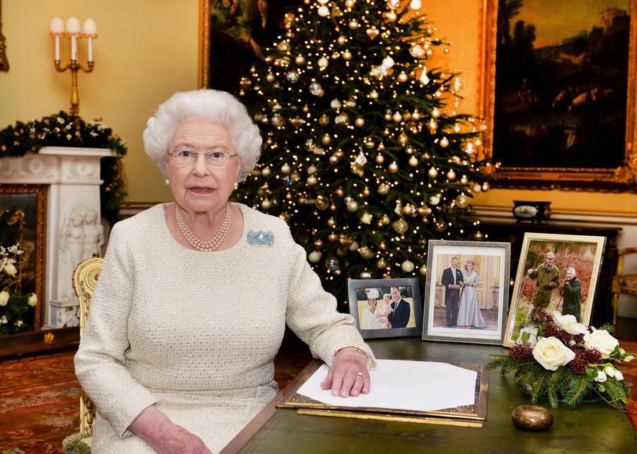 Боже, храни королеву: историк предрекает конец британской монархии к 2030 году