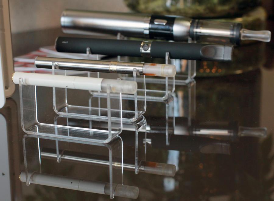 Учёные: Электронные сигареты вызовут рак быстрее обыкновенных