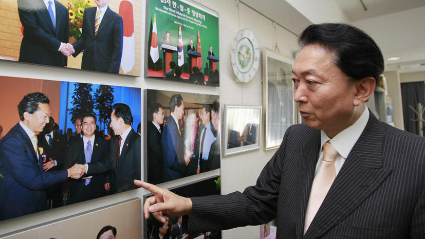 Бывший премьер Японии поедет в Крым вопреки недовольству властей страны
