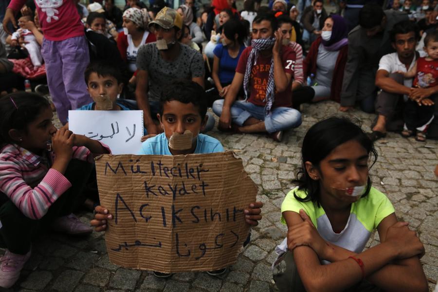 СМИ: В ЕС ведётся разработка плана по депортации 400 тыс. беженцев