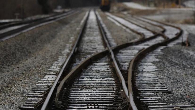 Железнодорожная авария в США: поезд с опасными химикатами сошёл с рельсов