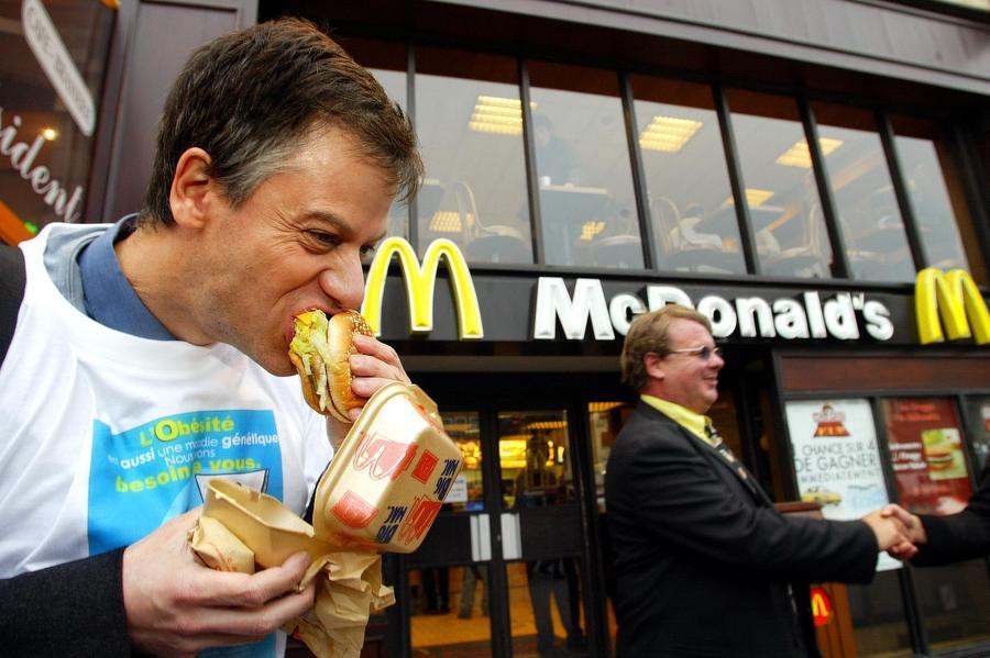 McDonald's не выдержал конкуренции с греческой шаурмой