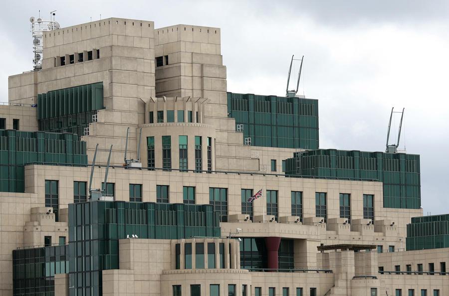 Бывший глава британской разведки готов открыть правду о нападении на Ирак