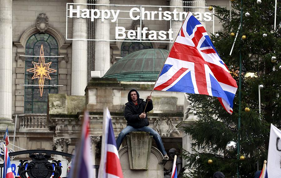 Британские школьники поплатились свободой за любовь к «Юнион Джеку»