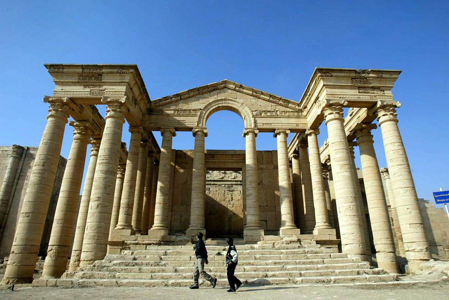 Боевики «Исламского государства» уничтожили в Ираке руины древнего города Хатра