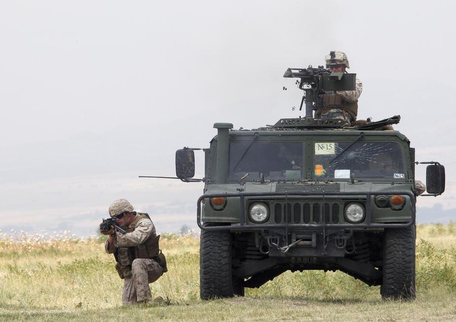 Военный эксперт: Попытки Запада напугать Россию вызывают только смех
