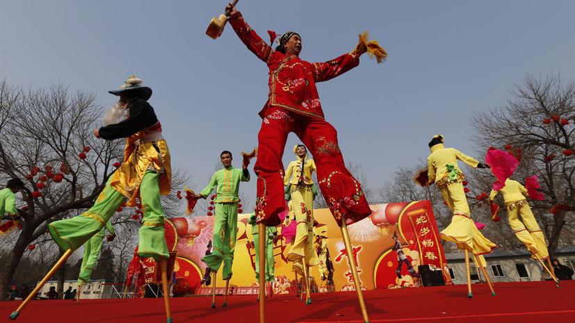 Новый Год наконец наступил и в Китае, но в этом году без фейерверков