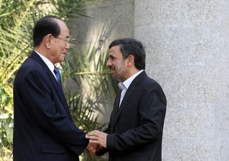 Иран планирует экспортировать нефть в КНДР