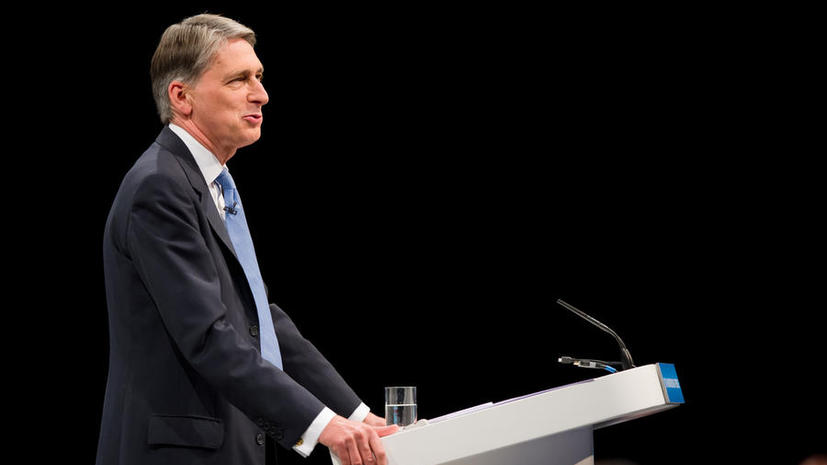Британское правительство продолжает сокращать численность армии