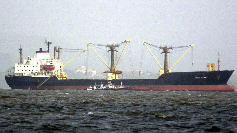 Пентагон: Эсминец и авиация США отслеживали ситуацию с задержанием ВМС Ирана грузового судна