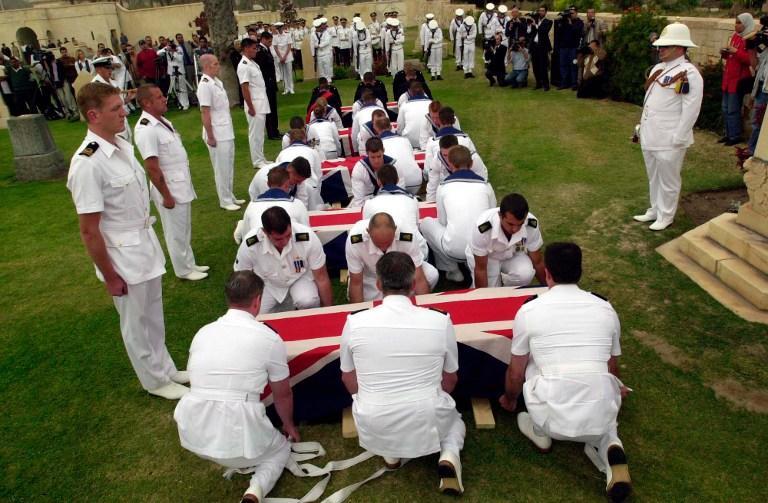 Минобороны Великобритании предлагает отменить пышные похороны военных, чтобы не будоражить общественность