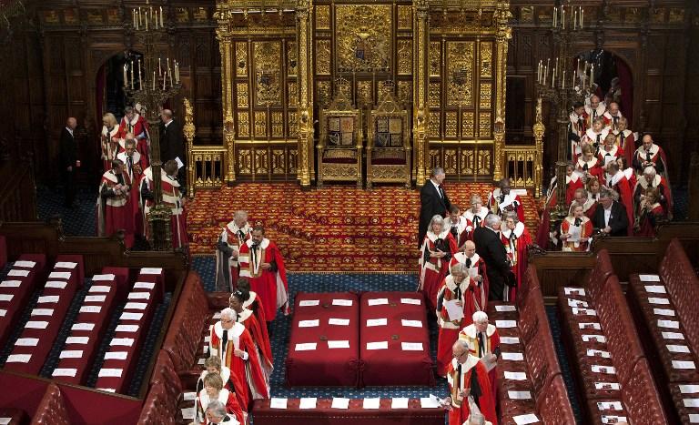 Британские парламентарии отстаивают интересы других стран за взятки